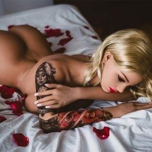 realistic silicone sex dolls