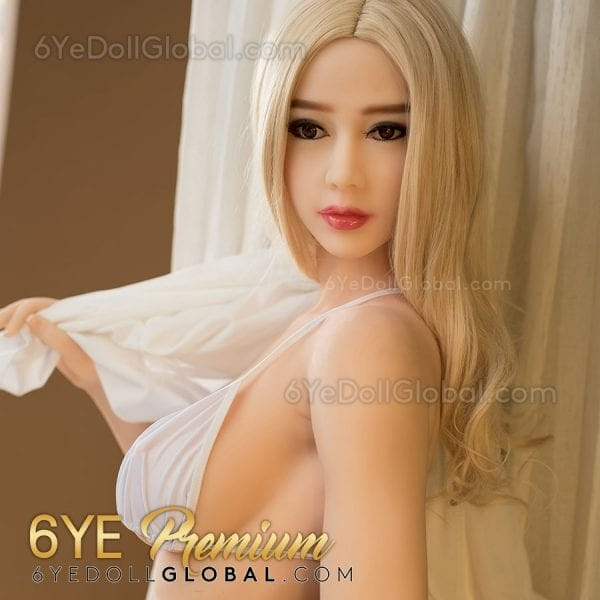 Realistic d-cup sex doll